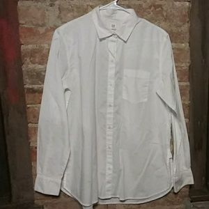 Classic long white button up shirt
